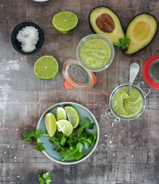 Avocadodressing - lækker opskrift på cremet dressing - perfekt til mexicansk mad