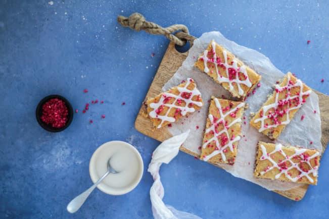 Hindbærsnitter - opskrift på glutenfrie hindbærsnitter uden sukker