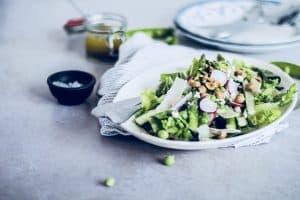Salat med asparges - opskrift på dejlig sommersalat med grønne asparges