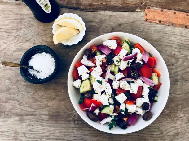 Græsk salat - den bedste opskrift på den lækre græske klassiker
