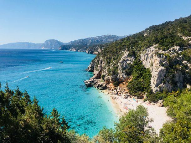 Glimt fra en sommerferie i Sydfrankrig og på Sardinien
