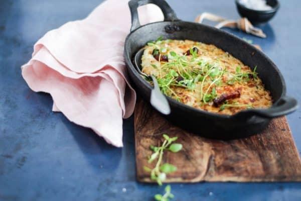 Bagt blomkålsmos med bacon, urter og ost. Bedste opskrift på blomkålsmos