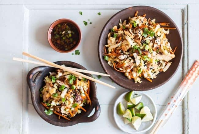 Kylling med ingefær og asiatisk kålsalat