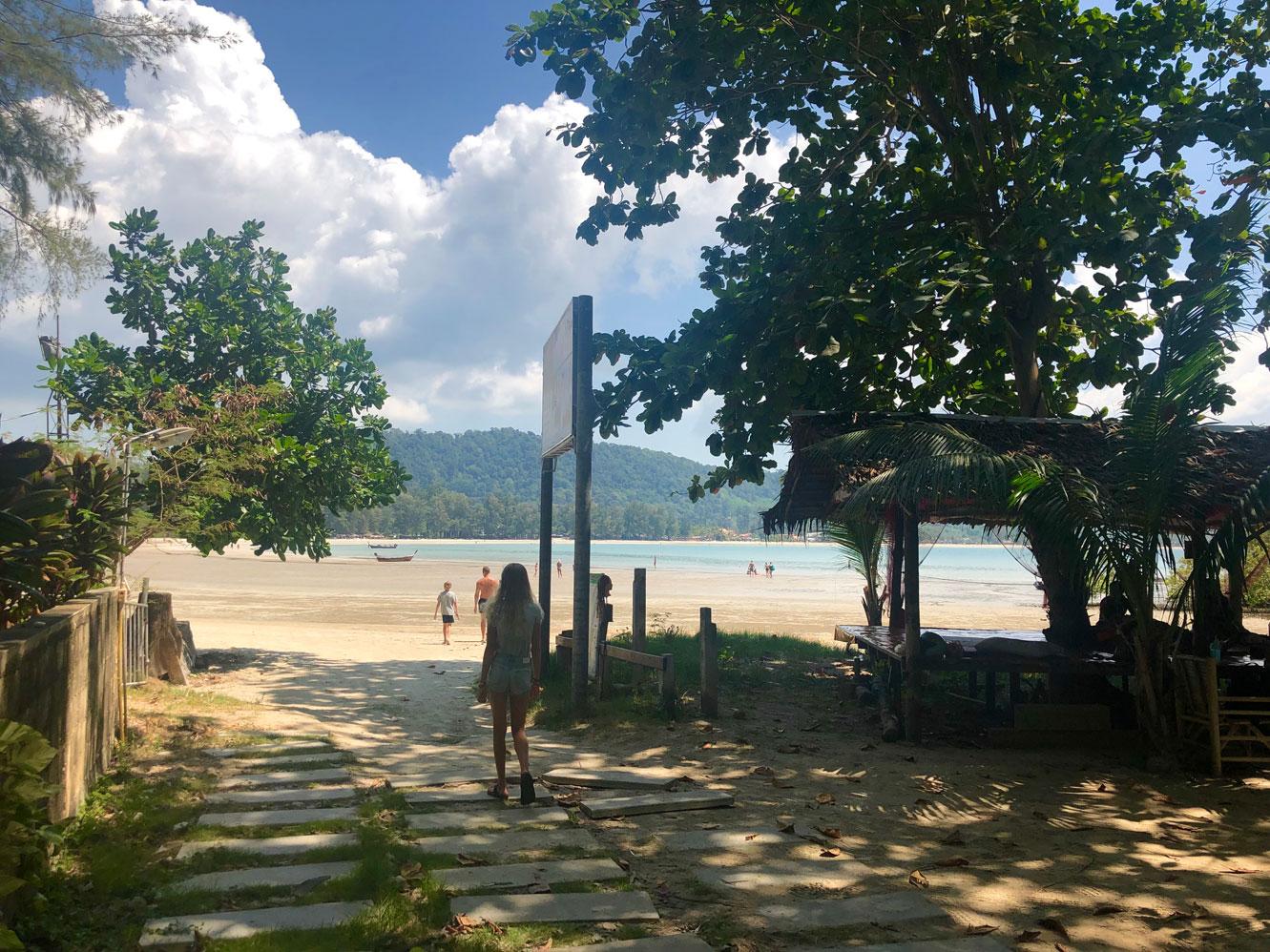 Koh Lanta, Thailand. Øen, der har det hele. Smukke sandstrande, mange restauranter og butikker og underholdende byliv.