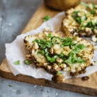 Blomkålssteak med brunet smør og urter