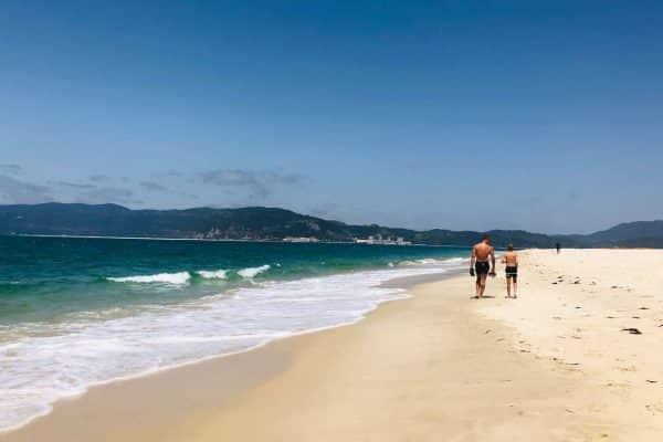 Tróia - kilometerlange, øde sandstrande i Portugal. Sydeuropas bedste strand.