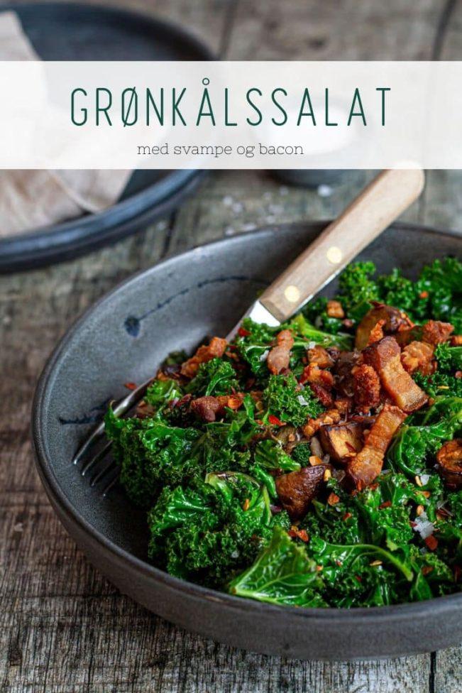 Lun kålsalat med grønkål, svampe og bacon