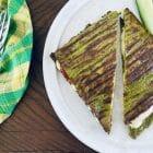 Grøn toast - opskrift på toast lavet med grøntsagsbrød