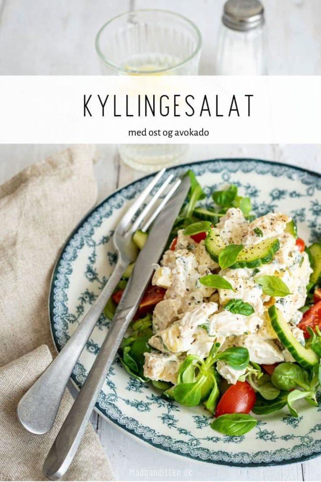 Kyllingesalat med ost og avokado i lækker mayo-dressing - Keto morgenmad eller frokost