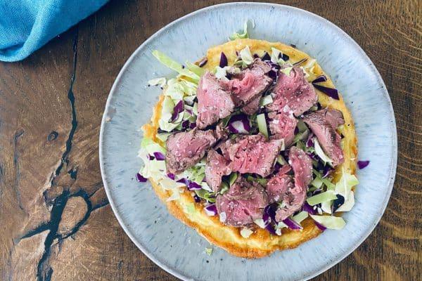 Omelet med oksekød og spidskål - lækker Keto frokost