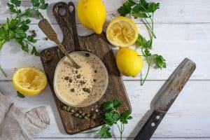 Citronsauce - opskrift på sauce til fisk med citron og kapers