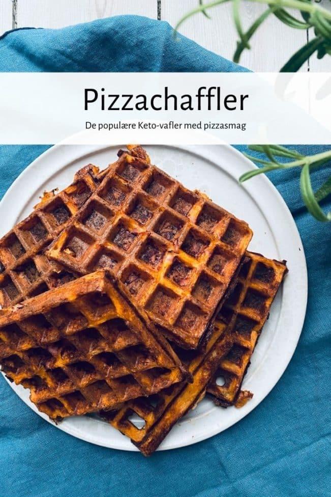 Pizzachaffler - opskrift på de populære Keto-vafler med pizzasmag