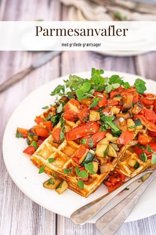 Parmesanvafler med grillede grøntsager - lækker og sund vegetar opskrift